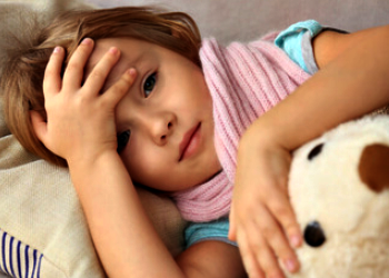 Dolor de cabeza en la parte de atrás en niños