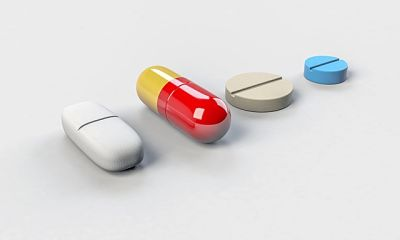 Comprimidos para el dolor de cabeza en el lado derecho